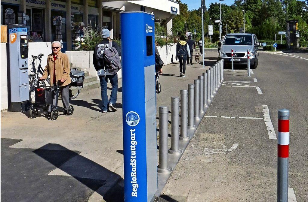 Noch können keine Räder ausgeliehen werden, die Station ist aber beinahe fertig. Foto: Bosch