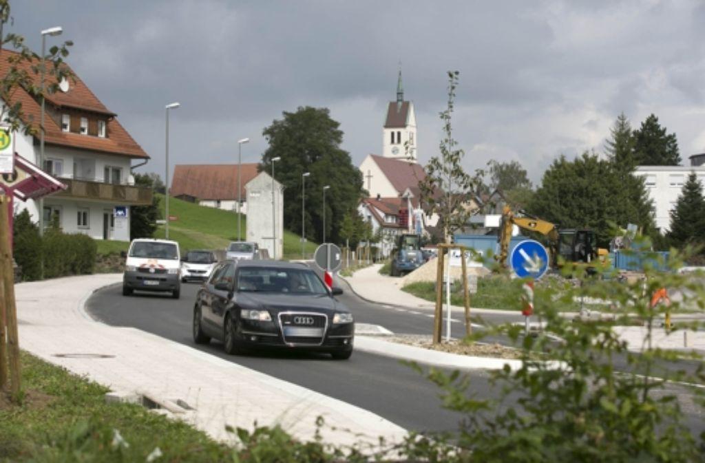 Die Gemeinde hat viel an ihrer Ortsdurchfahrt getan. Trotzdem ist es noch zu laut. Foto: Horst Rudel