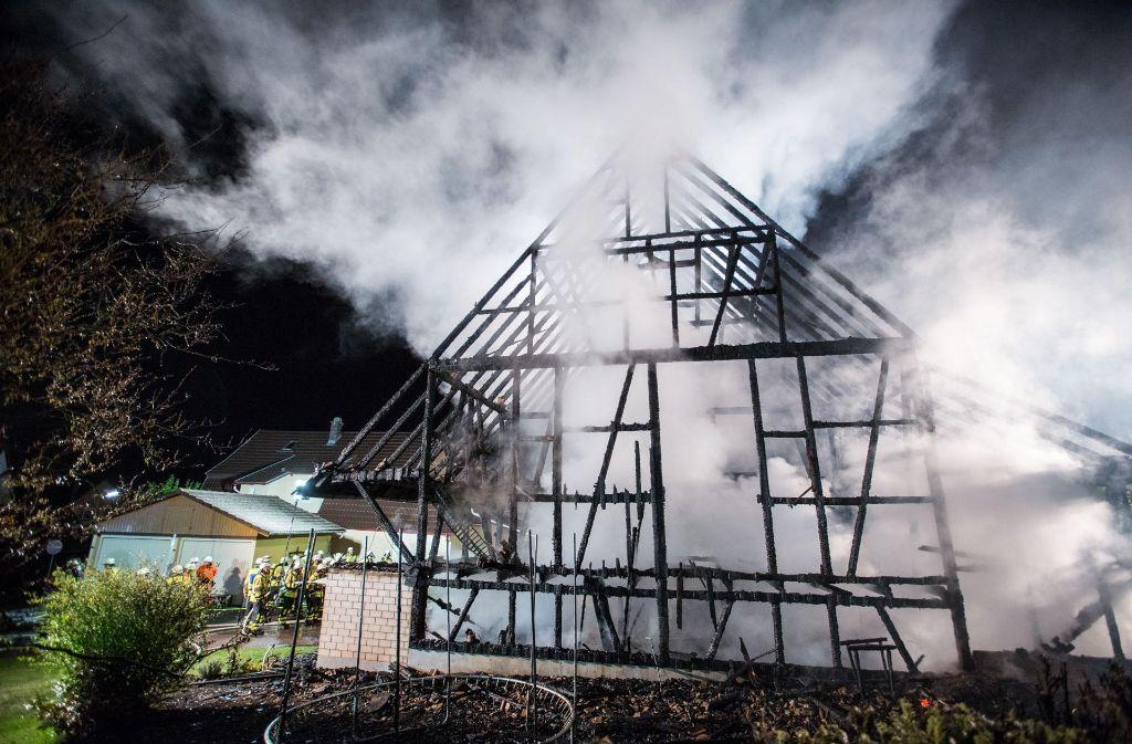 Im Nordschwarzwald hat eine Scheune gebrannt. Foto: 7aktuell.de/Simon Adomat