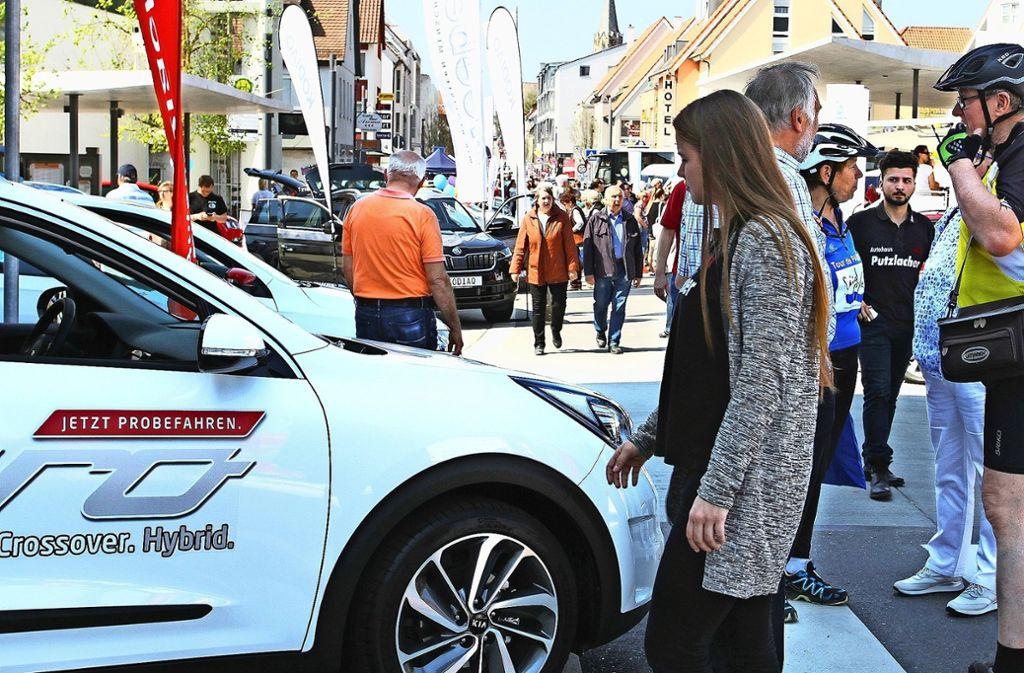 Die Rutesheimer Autoschau bietet ein breites Programm für Jung und Alt. Foto: Ernst