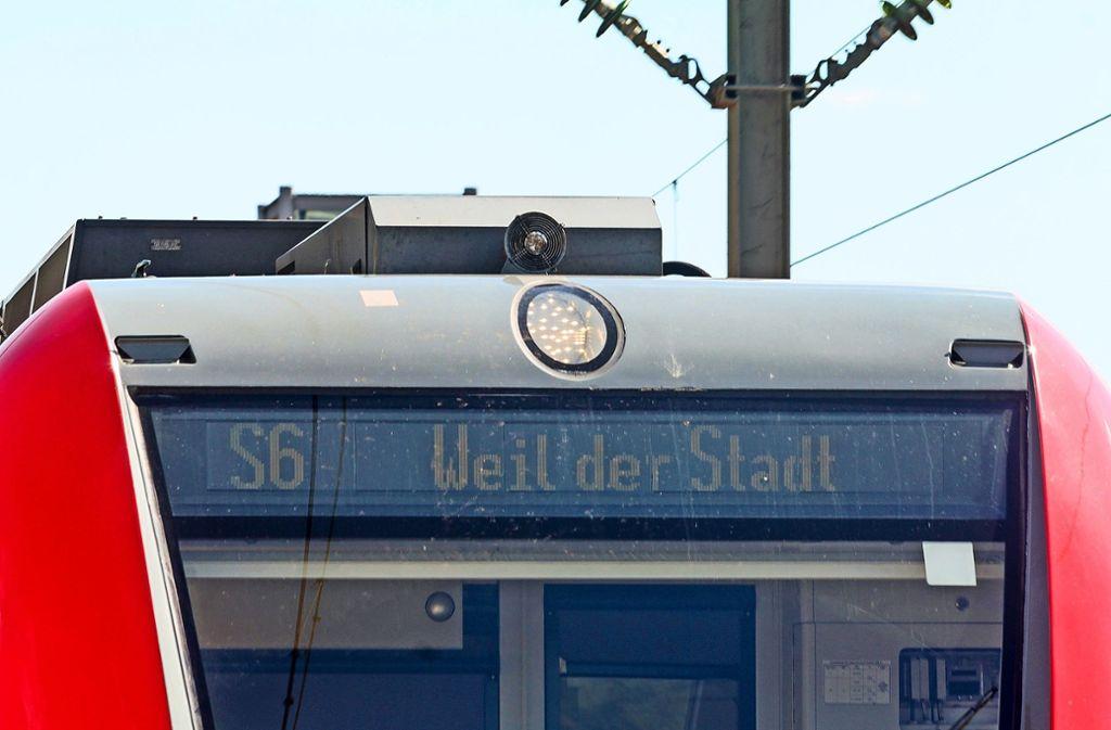 Fährt die S-Bahn bald weiter bis Calw im Nordschwarzwald? Bislang endet die S6 noch in Weil der Stadt. Foto: factum/Archiv