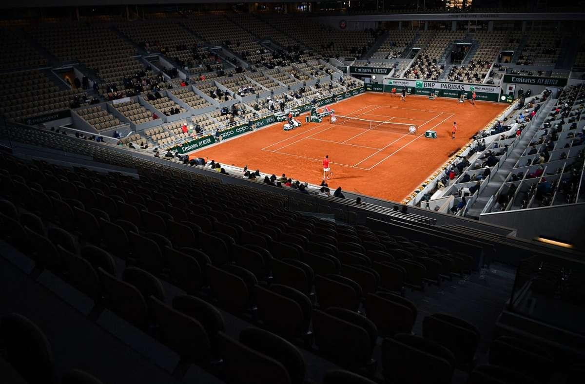 Wirbel um die Austragung der French Open in Paris Foto: AFP/ANNE-CHRISTINE POUJOULAT