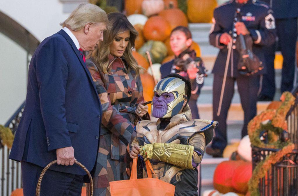 Selbst Thanos machte dem US-amerikanischen Präsidentenpaar seine Aufwartung. Foto: AP/Alex Brandon