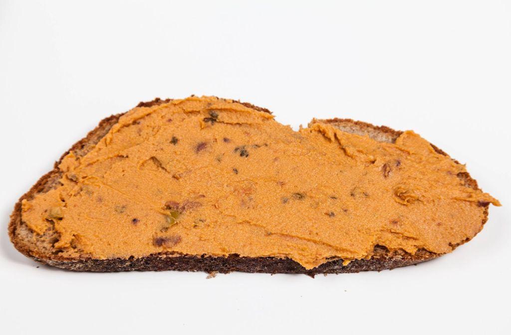 Ein Brotaufstrich der Firma Bio Gourmet wurde zurückgerufen. (Symbolbild) Foto: imago/STPP