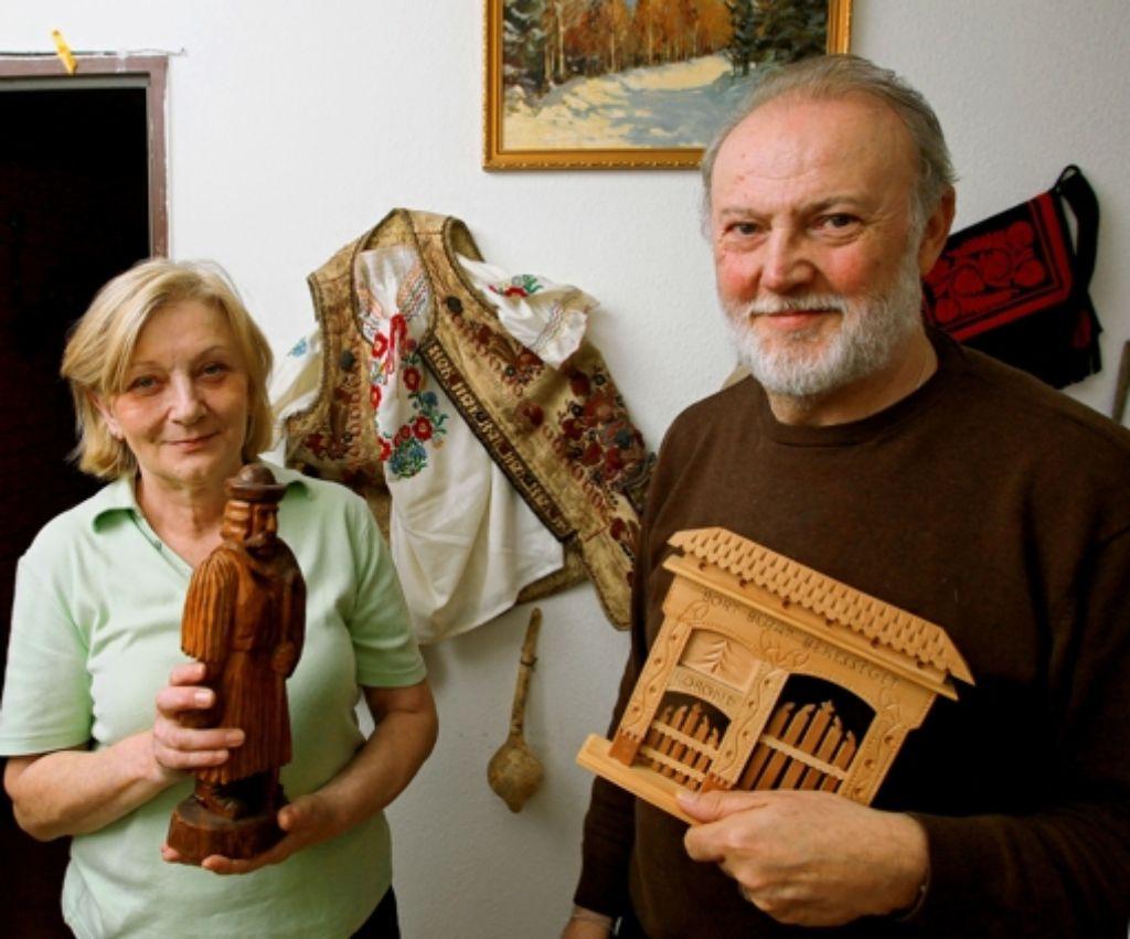 Ildikó und Arpad Riester leiten den Kulturverein Sonnenblume. Foto: Achim Zweygarth