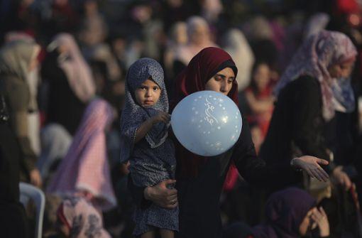 Muslime beginnen Feier des Opferfestes