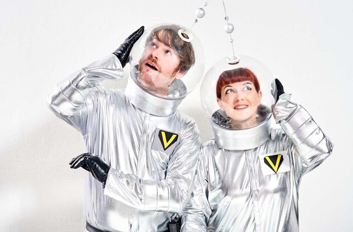 Mondo Sangue heben ab: Christian Bluthardt und Yvy Pop veröffentlichen ihren Space-Soundtrack. Foto: Promo / Ronny Schönebaum