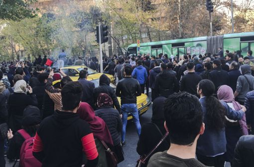 450 Demonstranten in Teheran verhaftet