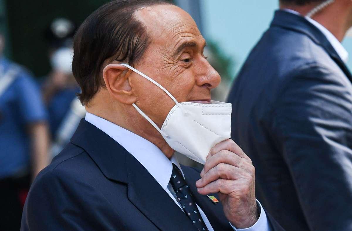 Silvio Berlusconi befindet sich erneut im Krankenhaus. Foto: AFP/PIERO CRUCIATTI