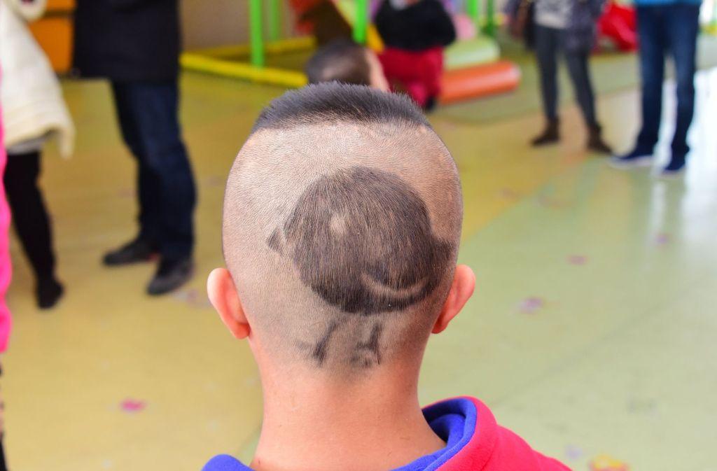 Mit Stylischen Haar Tattoos Werden Sie Garantiert 11