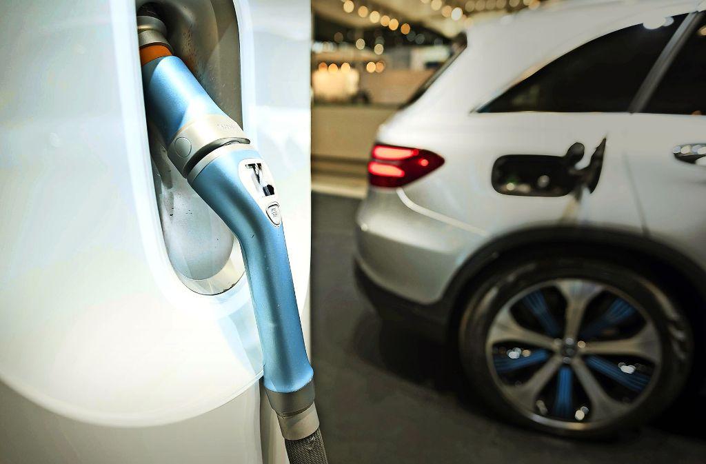 Eine Ladestation, wie sie kürzlich auf der Messe für Elektromobilität in Stuttgart vorgestellt worden ist, könnte bald in Deizisau stehen. Foto: 7aktuell.de/Oskar Eyb