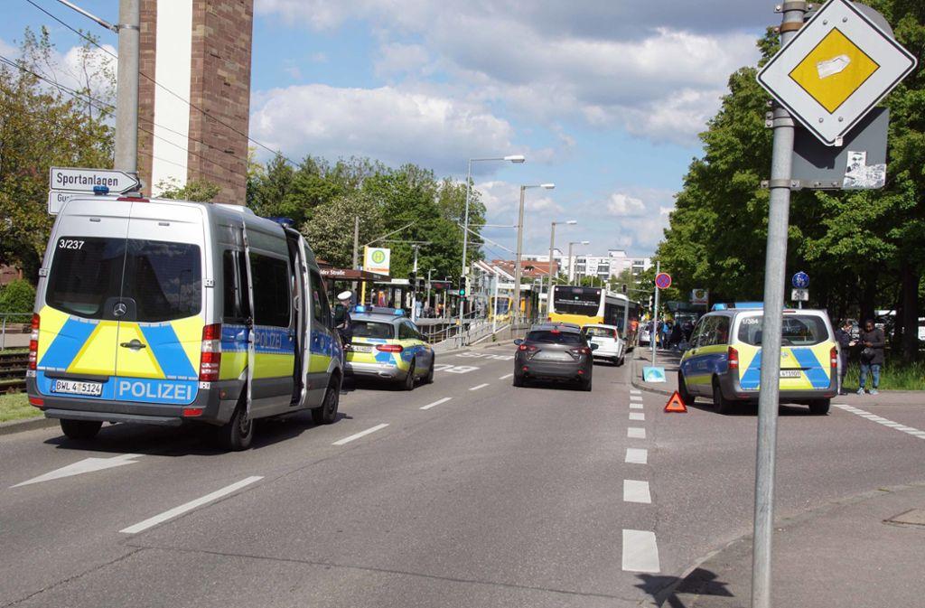 Der Unfall ereignete sich Nahe der Haltestelle Fürfelder Straße. Foto: Andreas Rosar