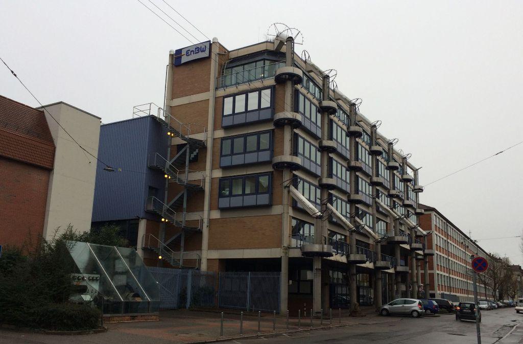 Auf dem EnBW-Areal im Gebiet Stöckach – hier Gebäude an der Stöckachstraße –   sollen Wohnungen entstehen. Foto: Sascha Maier
