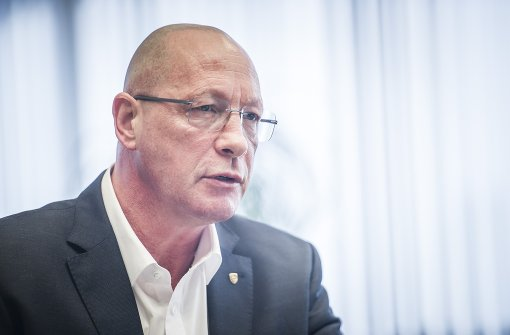 Porsche-Betriebsrat pocht auf deutsche Batteriezellen-Fabrik