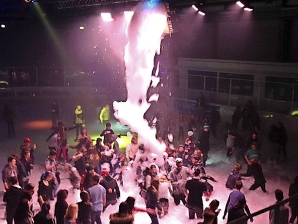 """""""Die Kids hatten einen wahnsinnigen Spaß"""", sagt der Betriebsleiter Marcus Neidlinger über die Schaumparty am vergangenen Sonntag. Foto: Stadt Stuttgart"""