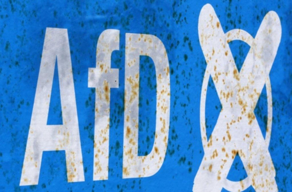 Die AfD steht in der Kritik und erwartet einige Störungen für die Wahlparty. Foto: AP