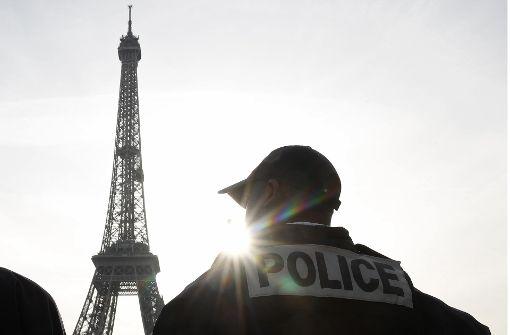 Französischer Polizist erschießt drei Menschen und sich selbst