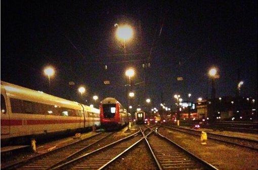 Sonntagmorgens Halb Eins Im Bahndepot Stuttgart Mitte