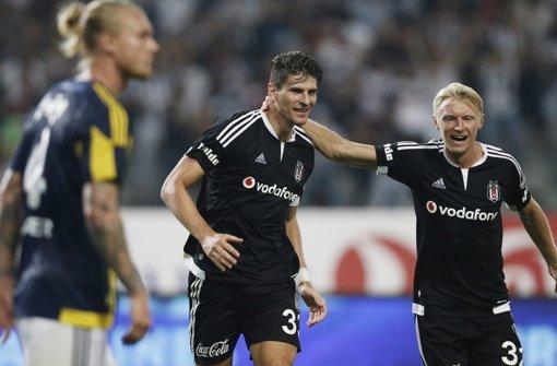 Mario Gomez hat für seinen Club den einzigen Treffer erzielt Foto: dpa