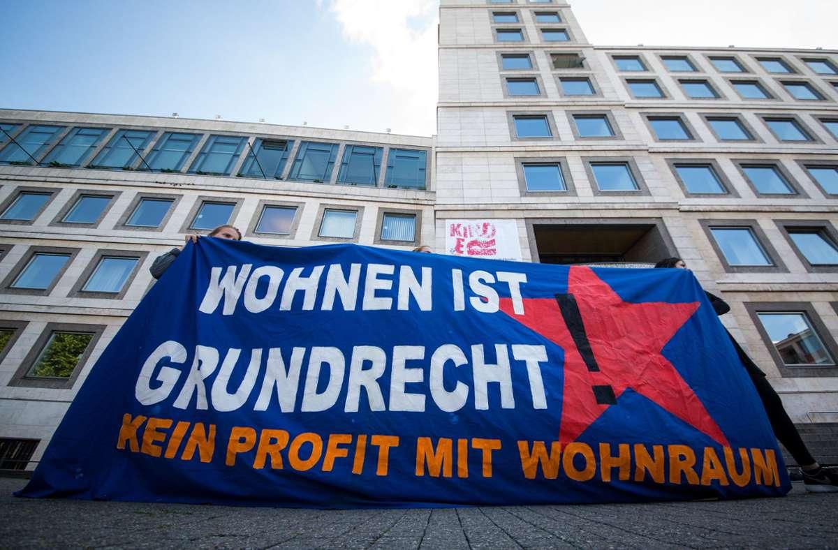 Die Wohnungsnot in Stuttgart ist groß. Foto: dpa/Christoph Schmidt