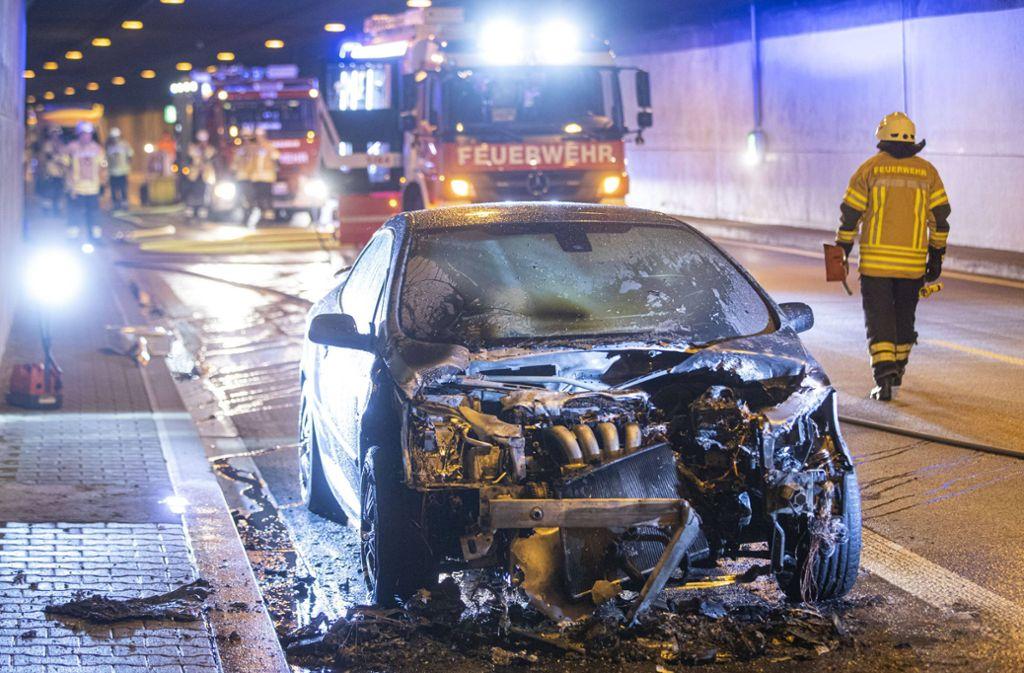Nach einem Fahrzeugbrand war der Kappelbergtunnel in Fellbach am Montag gesperrt. Foto: 7aktuell.de