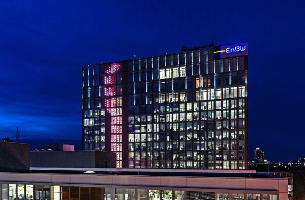 """Das Kunstwerk """"Flashouse"""" besteht aus 568 LED-Elementen. Daten wie Temperatur und Jahreszeit beeinflussen den Lichtfluss. Foto: EnBW"""