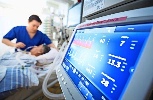 Die Kliniken brauchen immer mehr Personal