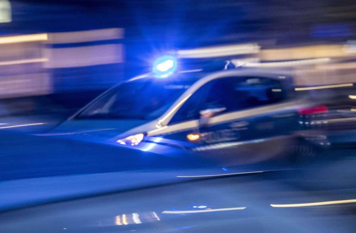 Die Ordnungshüter waren wegen einer Meldung von Ruhestörung gerufen worden (Symbolbild). Foto: imago images//snapshot-photography/ T. Seeliger