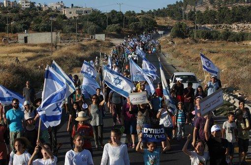 Israel nimmt Friedensgruppen an die kurze Leine