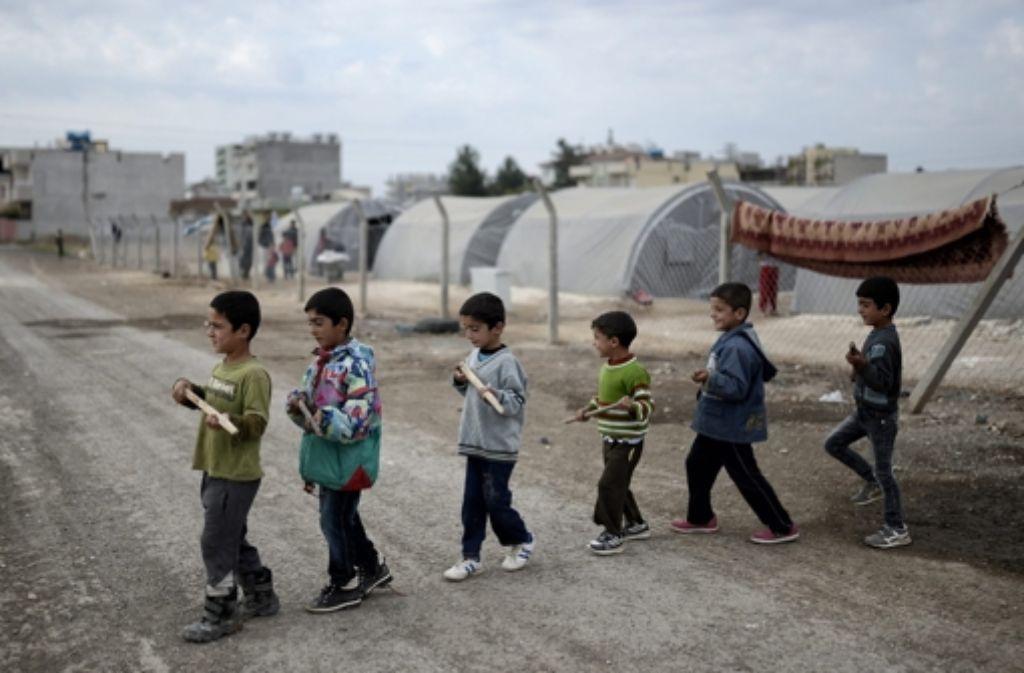 Die Kämpfe und Luftangriffe der vergangenen Monate haben große Teile Kobanes in Schutt und Asche gelegt. Foto: EPA