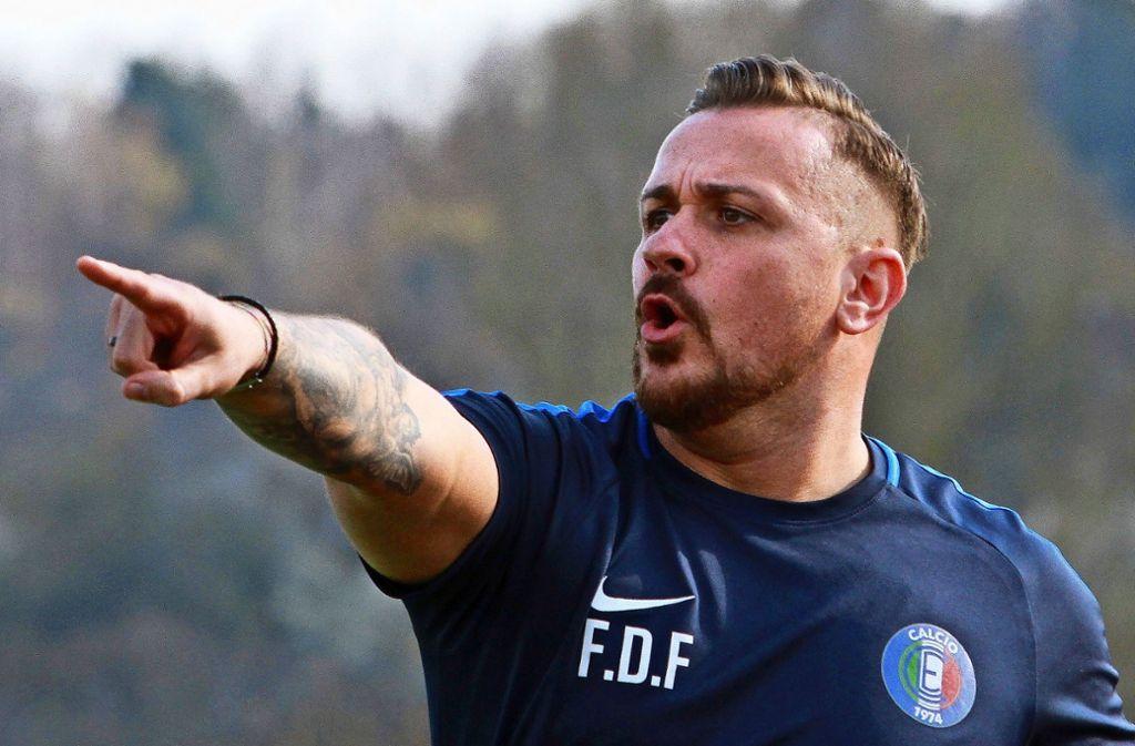 Seit dieser Woche perfekt: der Trainer Francesco Di Frisco bleibt für eine weitere Saison – und erhält Verstärkung für die linke Außenbahn. Foto: Archiv Yavuz Dural