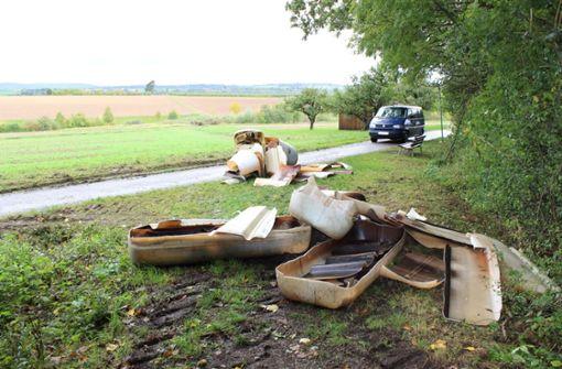 Mehrere Öltanks zerlegt und illegal in Bissingen entsorgt
