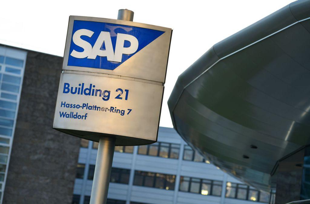 Wer Bürobauten bei SAP nicht mehr sehen will, kann künftig auch ins Schwimmbad gehen. Foto: dpa