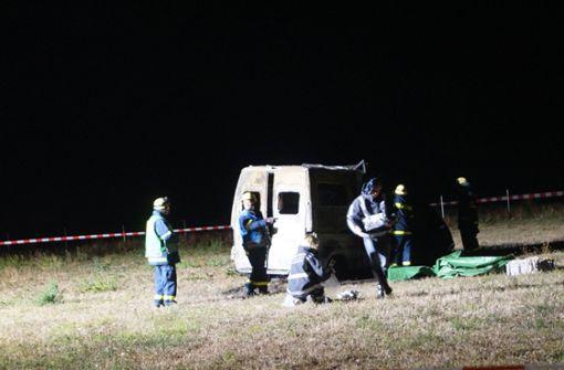 Zwei Tote in ausgebranntem Wohnmobil gefunden