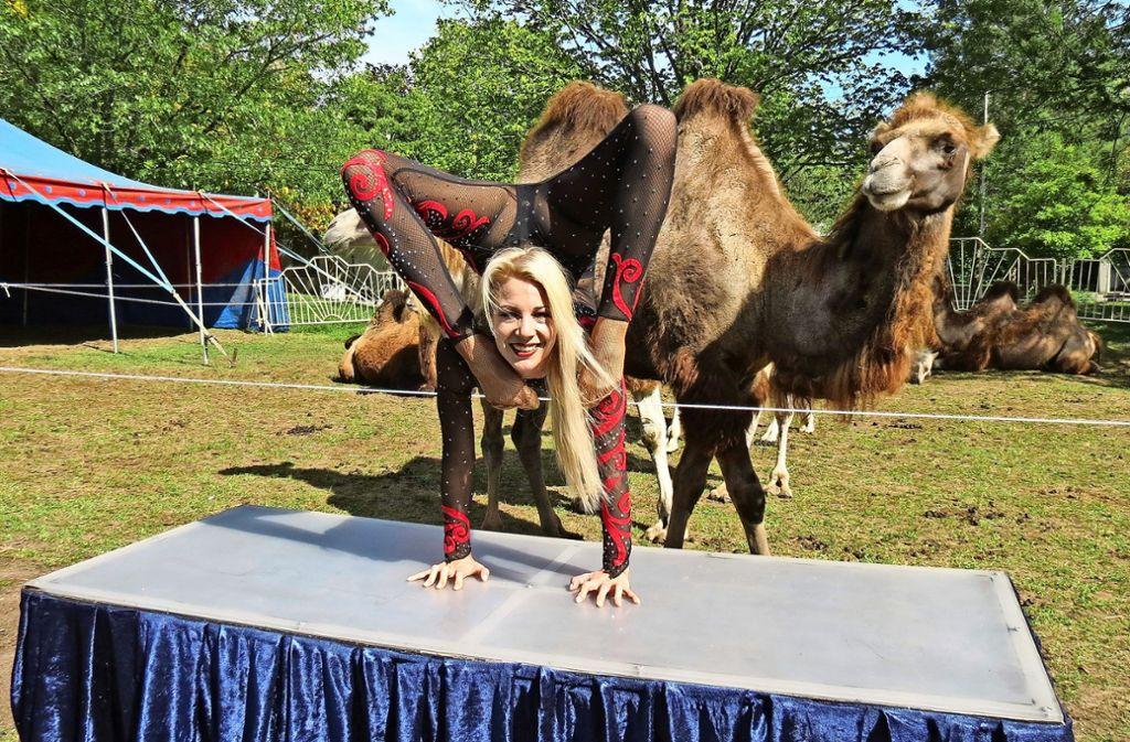 Neyenne Frank-Bely ist im Zirkus groß geworden. Sie kann sich kein anderes Leben vorstellen. Foto: Julia Bosch