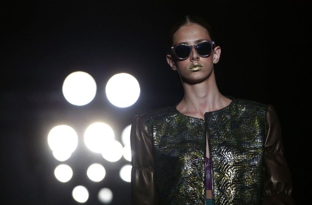 Glanzvoll zeigt sich dritte Tag  der 080 Barcelona Fashion. Foto: AP