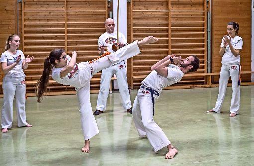 Beim Capoeira zählt sie schon zu den Erwachsenen