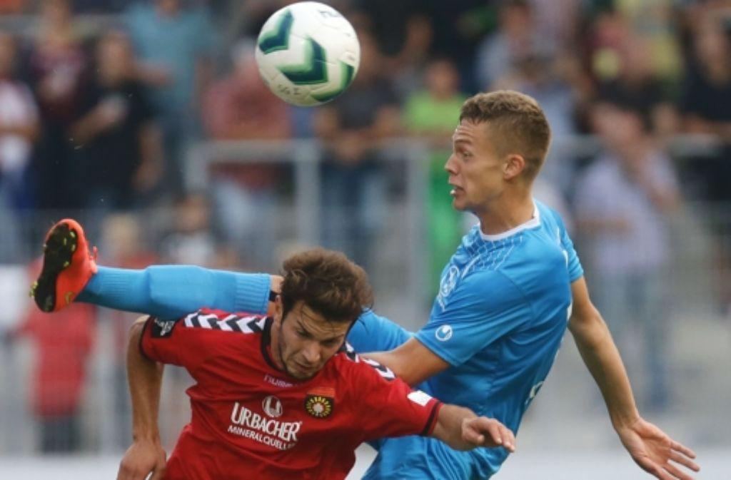 Am Samstag kommt es zum Rückspiel zwischen den Stuttgarter Kickers und der SG Sonnenhof Großaspach. Foto: Pressefoto Baumann