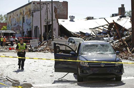Ein Toter und 17 Verletzte bei Gasexplosion