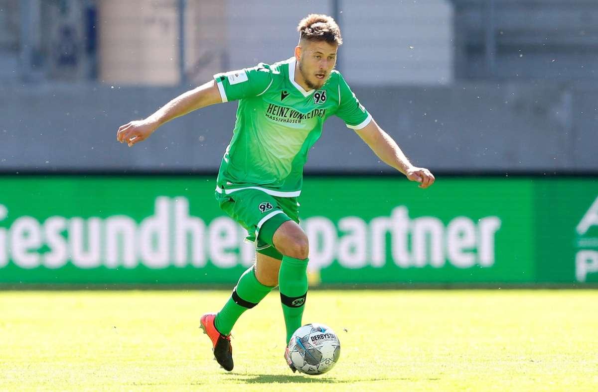 Waldemar Anton wechselt zum VfB Stuttgart. Foto: imago images/Jan Huebner