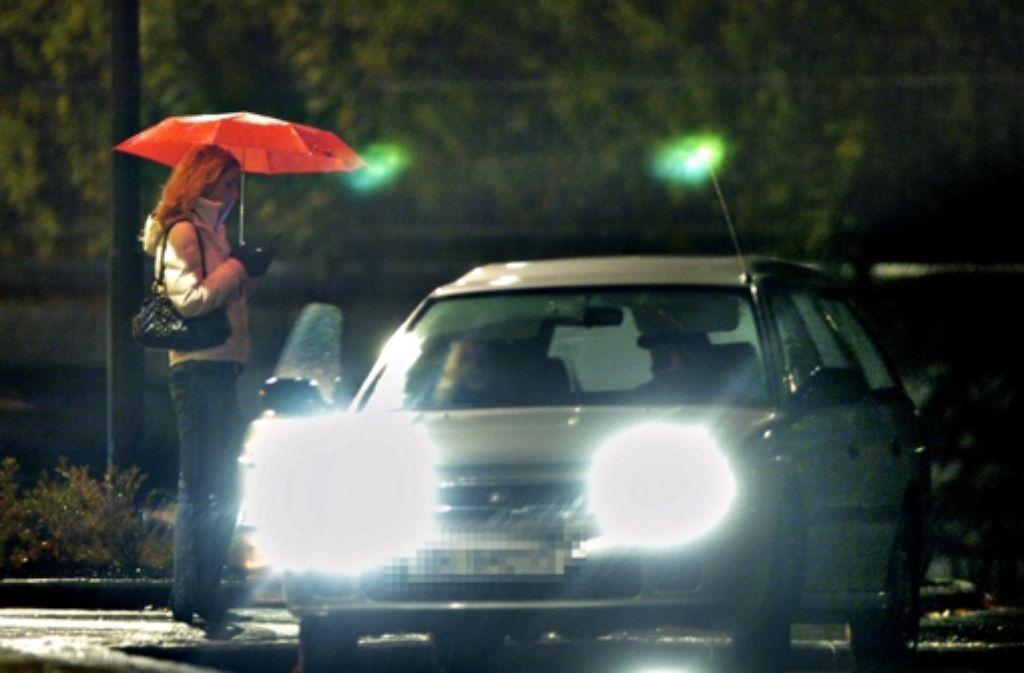 Der Straßenstrich wird vom gesellschaftlichen zum gesundheitlichen Problem. Immer mehr Prostituierte sind nicht krankenversichert. Foto: Archiv