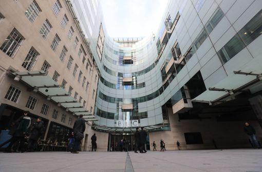BBC-Nachrichtenmelodie wird als Rave-Video zum Internet-Hit