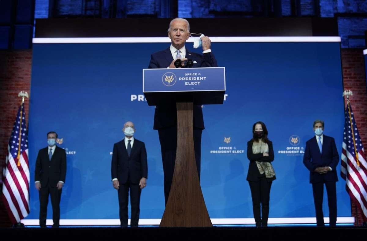 Der zukünftige US-Präsident Joe Biden stellte in Wilmington Teile seines Kabinetts vor. Foto: AP/Carolyn Kaster