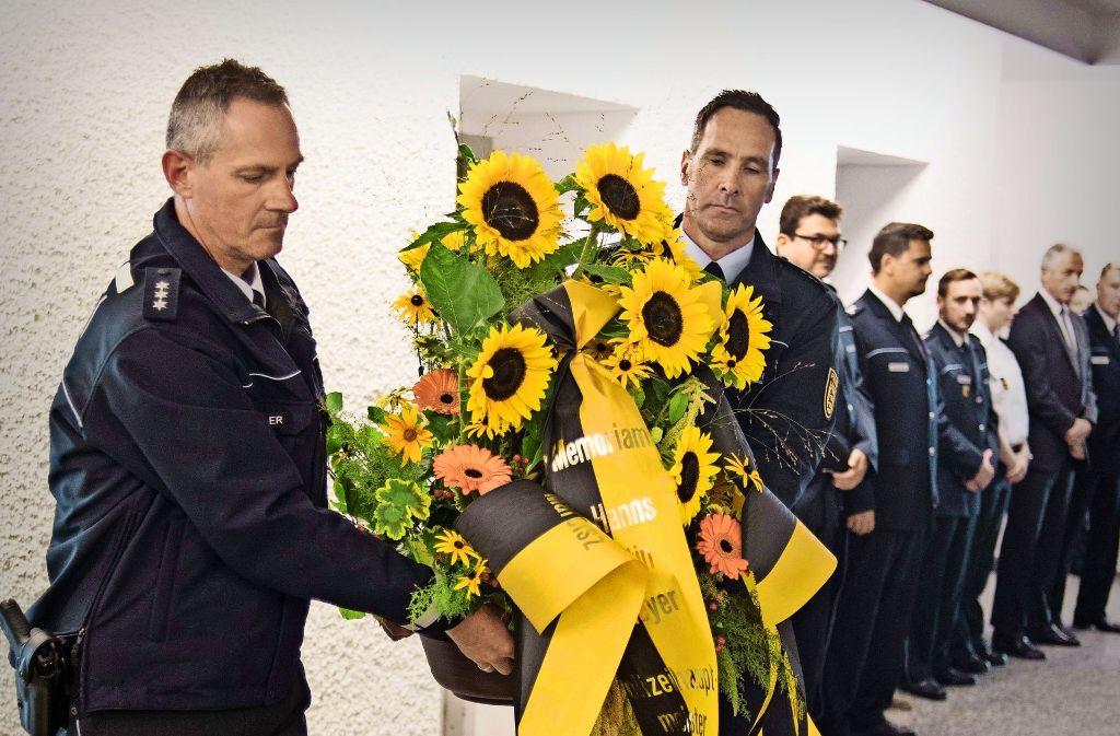 Im Polizeipräsidium Stuttgart wurde gestern  bei einer stillen Feier Opfern des  RAF-Terrors gedacht. Foto: Lichtgut/Max Kovalenko