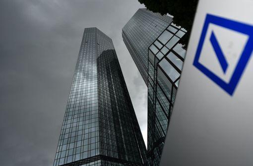Deutsche Bank und Postbank streichen 1000 Stellen
