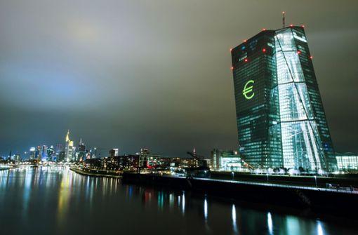 EZB warnt vor Folgen der eigenen Zinspolitik