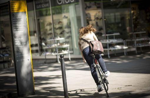 Immer mehr Radler fahren wieder ohne Helm