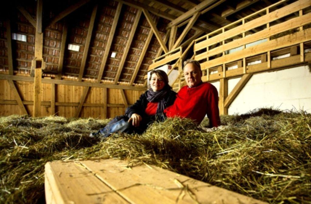 Anja und Michael Nowak wollen im April das Heuhotel wiedereröffnen. Foto: Frank Eppler