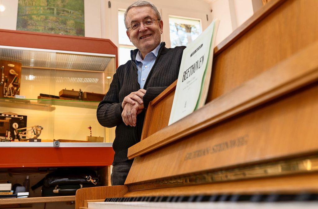 Peter Meincke leitet die Korntal-Münchinger Musikschule seit 40 Jahren. Mehr Fotos finden Sie in unserer Bildergalerie. Klicken Sie sich durch. Foto: factum/Jürgen Bach