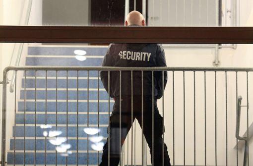 Streit eskaliert – Security schlichtet mit Pfefferspray